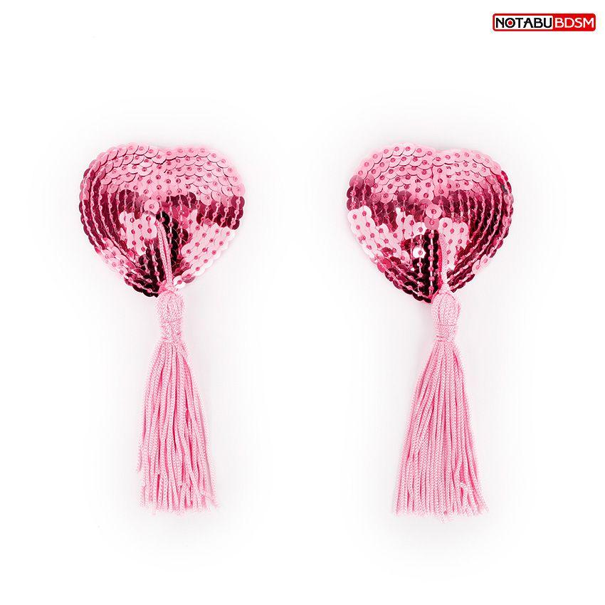 Фото Розовые текстильные пестисы в форме сердечек с кисточками