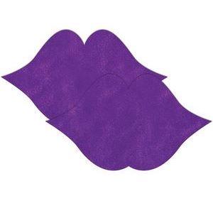 Фиолетовые пестисы в форме губ