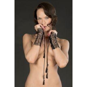 Ажурные чёрные наручники-манжеты VILLA SATINE  на шнуровке