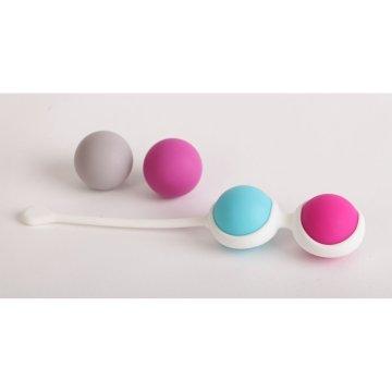 Набор для вумбилдинга: силиконовая оболочка и 4 шарика разного веса.