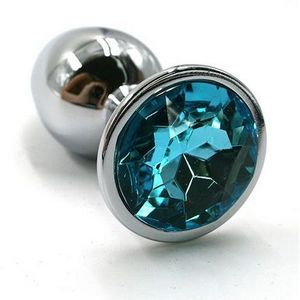 Серебристая алюминиевая анальная пробка с голубым кристаллом - 6 см.